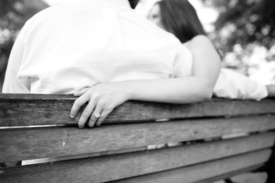 Engagement pictures in the park in Marietta