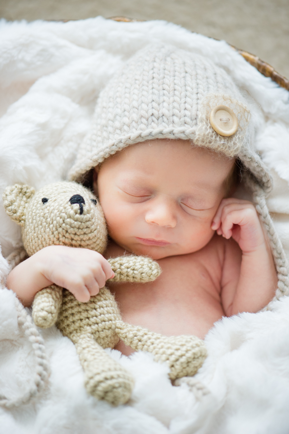 Outfits for newborn photos