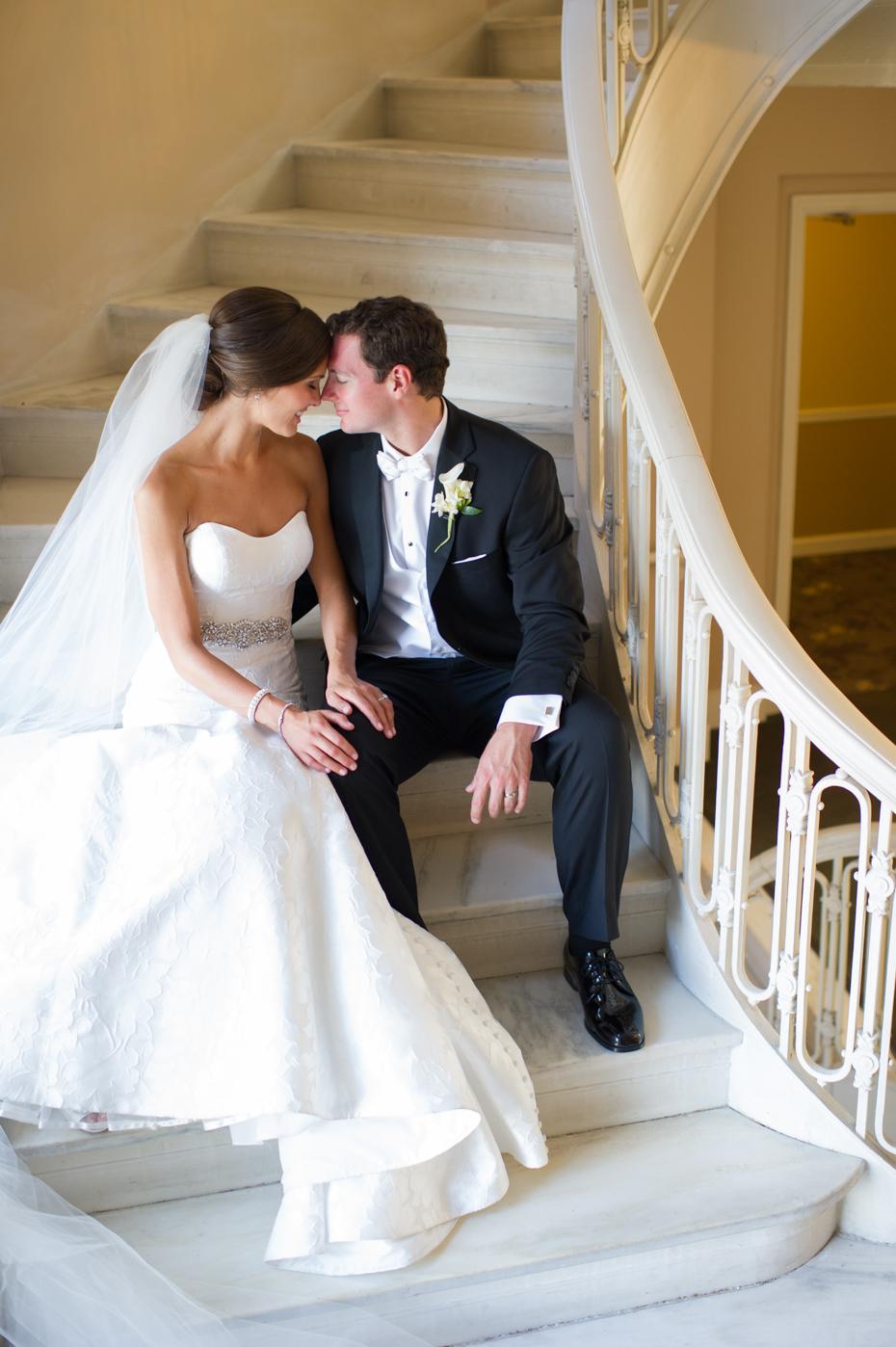 Georgian Terrace Stairwell Wedding Photos