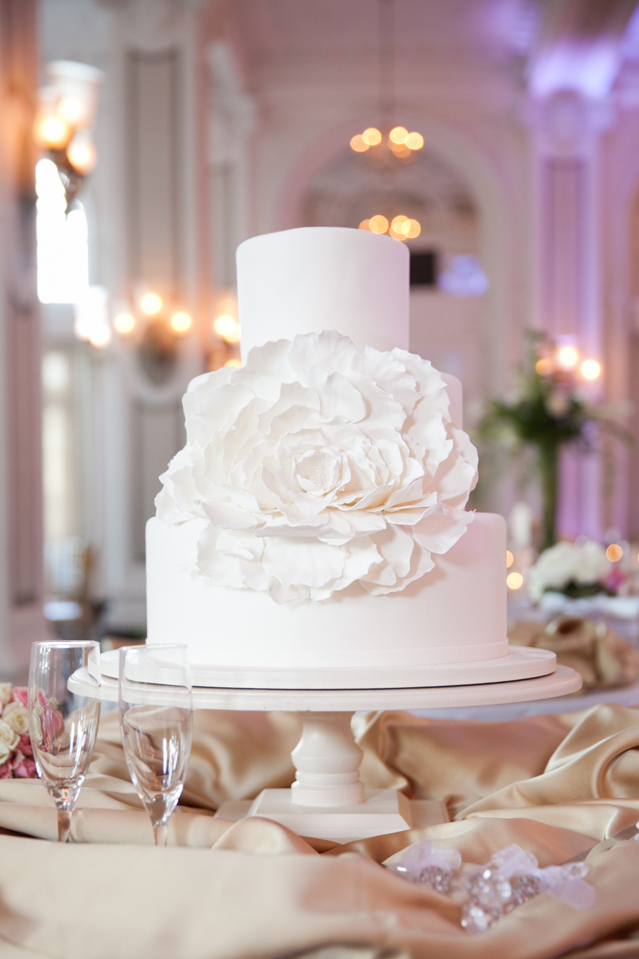 Georgian Terrace Wedding Cake